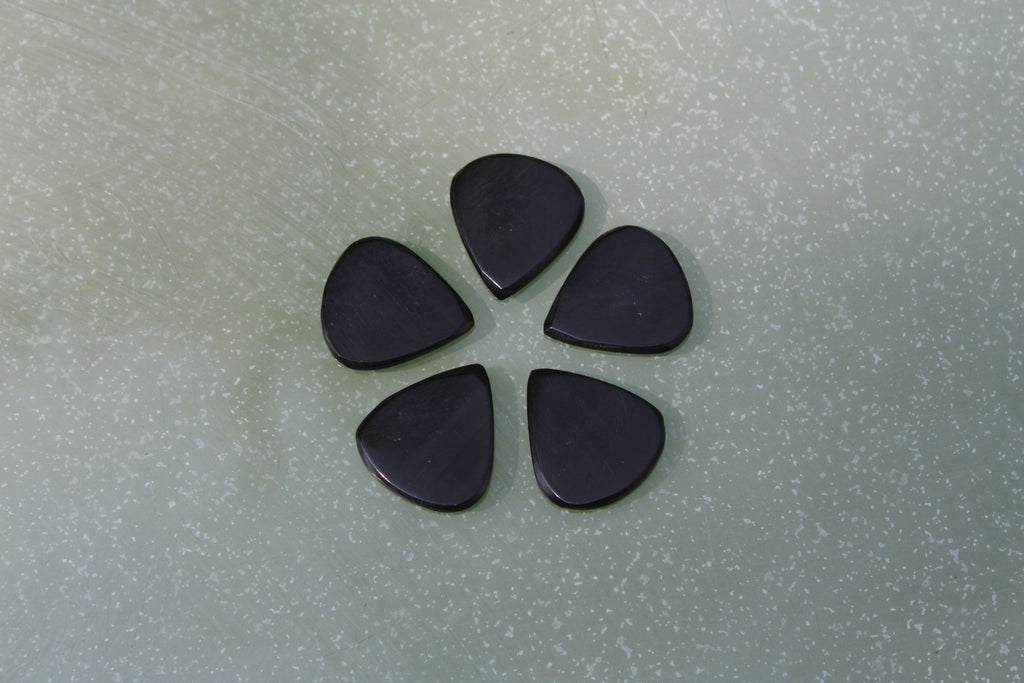 Real bone and buffalo horn guitar picks / plectrums