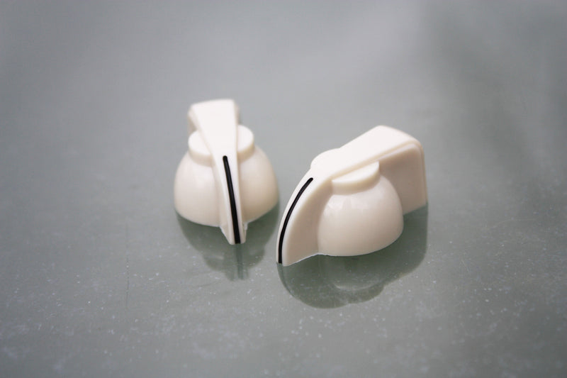 Chickenhead control knobs - Cream (pair)