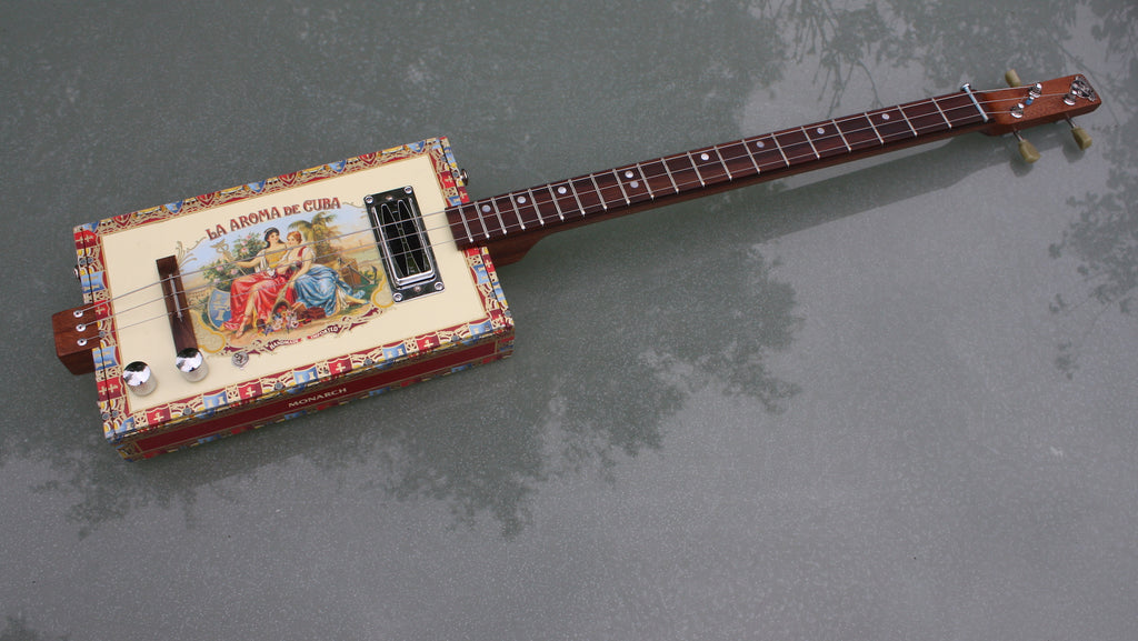 Aroma de Cuba - 3 String humbucker Cigar Box Guitar