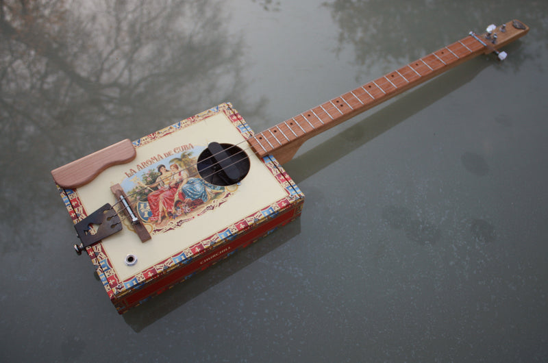 Workshop Series Super , Aroma  - 3 String Cigar Box Guitar