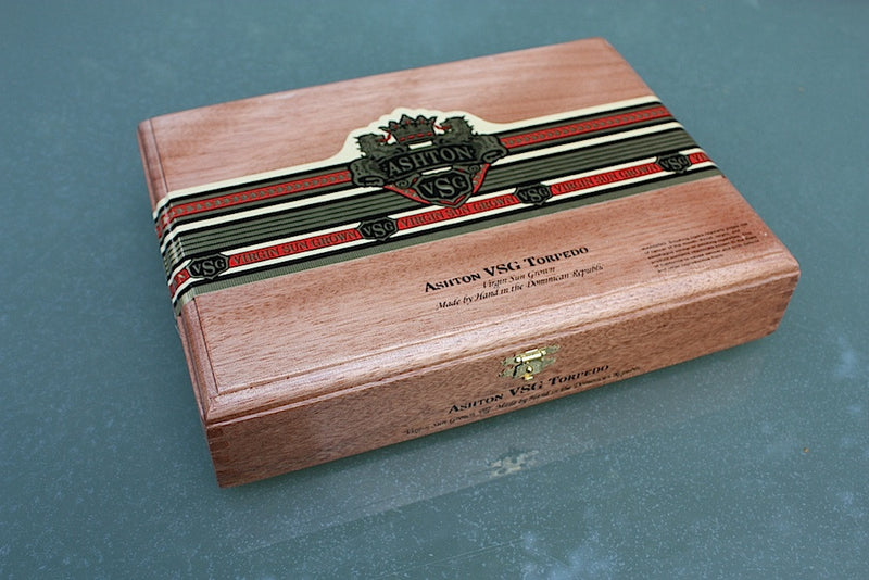 Ashton VSG cigar box made in the Dominican Republic.