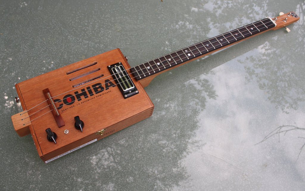 Cohiba - humbucker 3 String Cigar Box Guitar