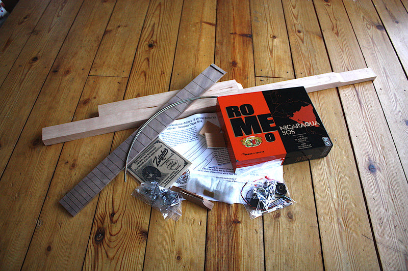 Romeo & Julieta (Orange & Black) Deluxe - 3 String Cigar Box Guitar Kit