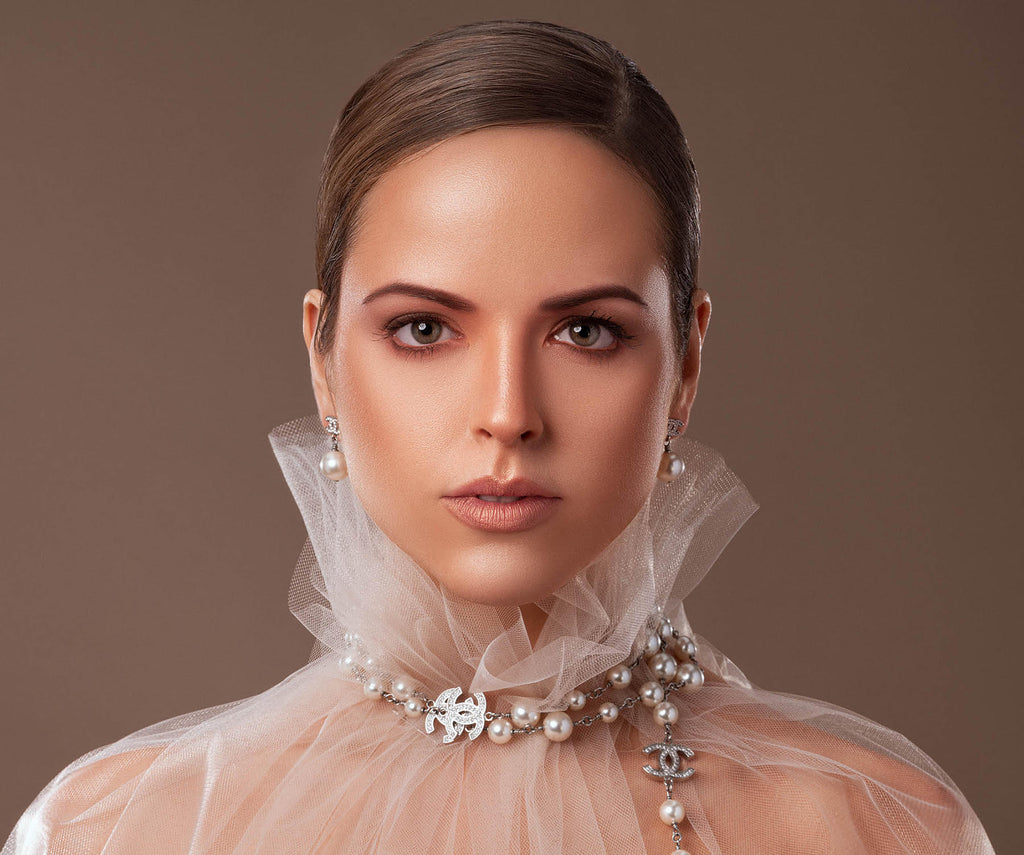 Yuliya Panchenko woman in white tulle head and shoulders