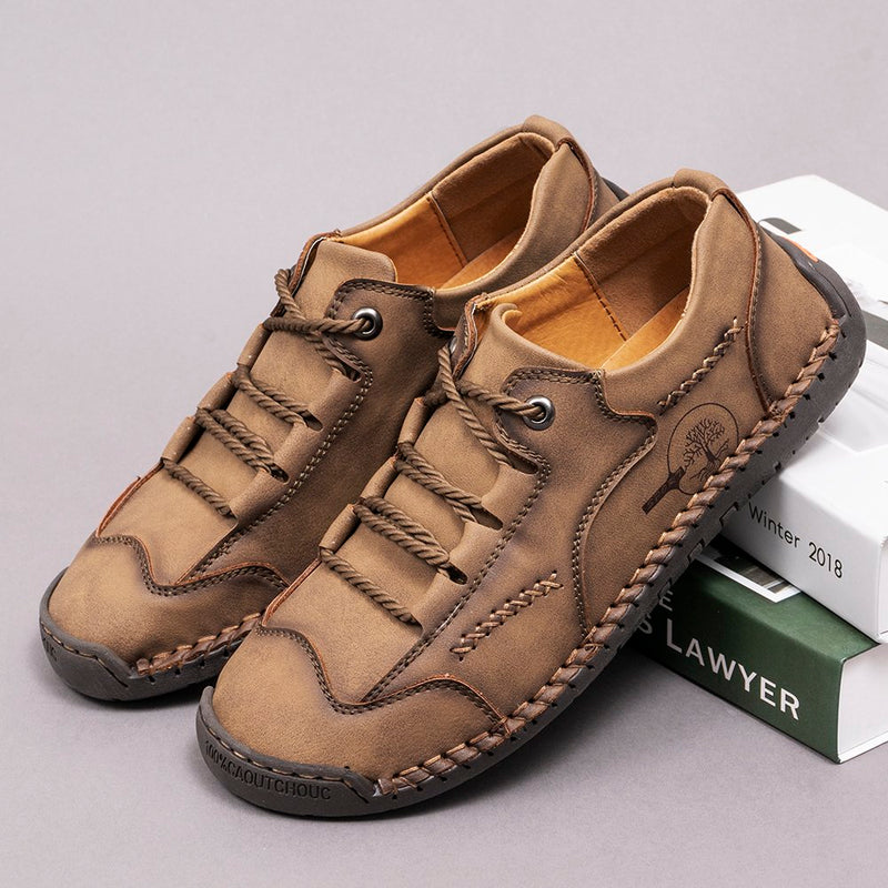 Men Hand Stitching Leather Non Slip Soft Sole Outdoor Casual Shoes