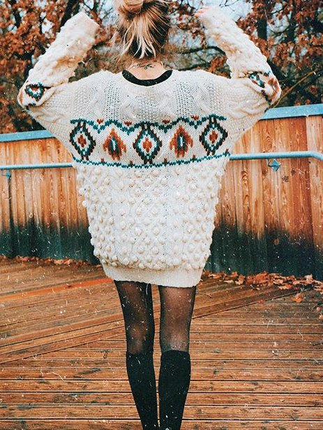 Long Sleeve Crew Neck Cotton-Blend Floral Sweater