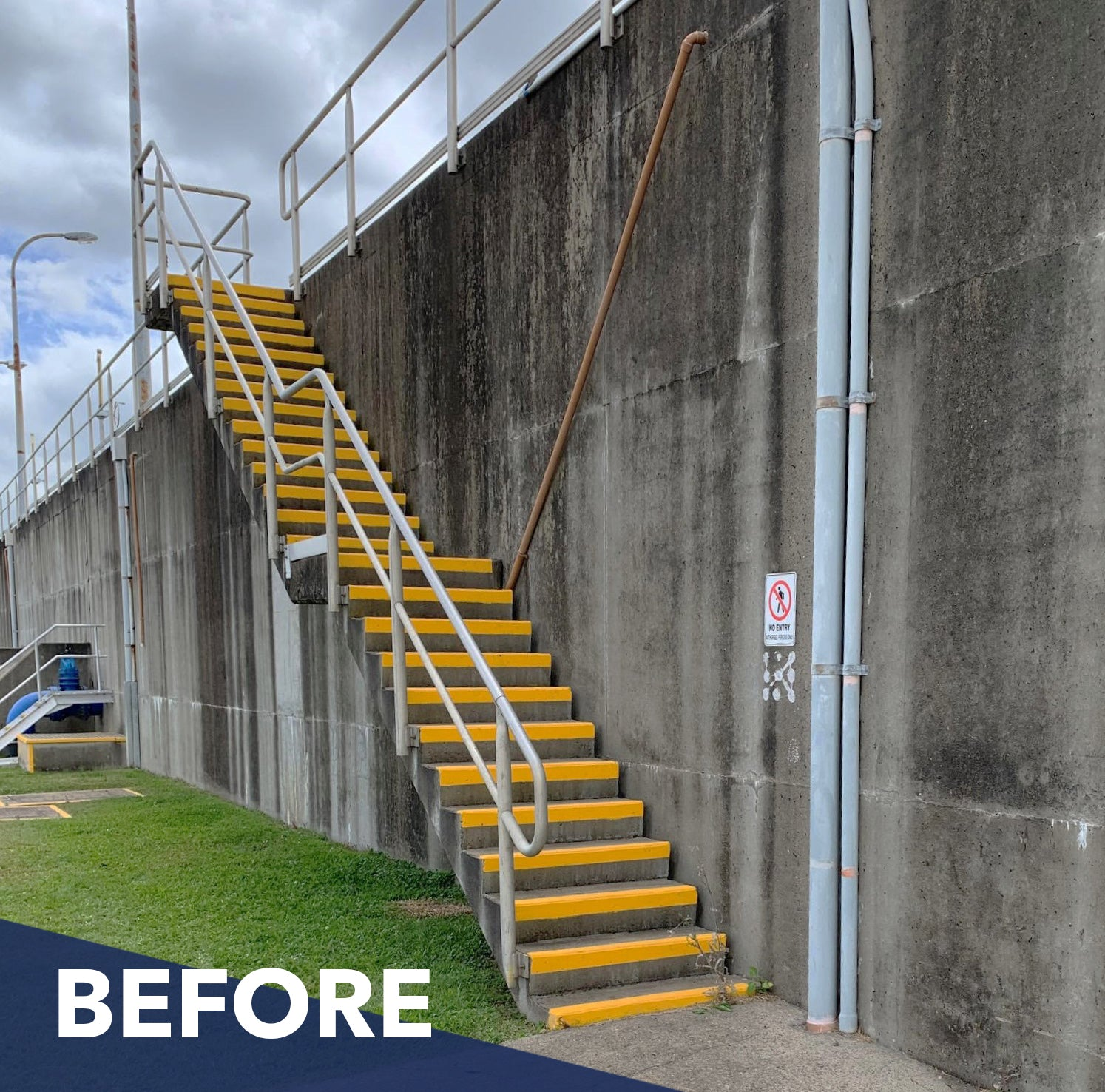 Before the stairway and handrail was customised by Mass Products