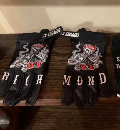 Black Support Richmond Gloves