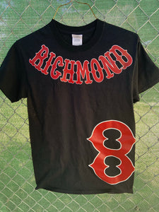 Black t shirt with red richmond on collar