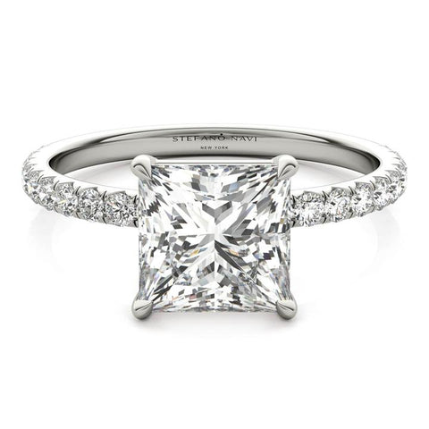 princess cut lab-grown diamond ring in platinum