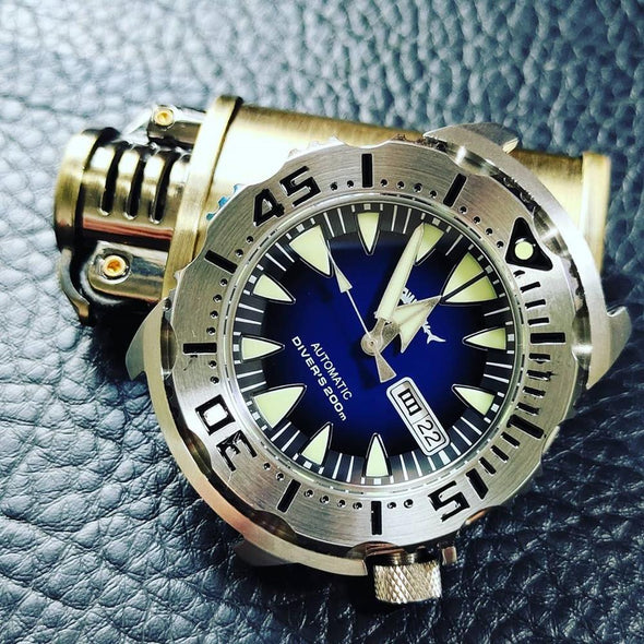 Heimdallr Sharkey Ocean Monster Dive Watch