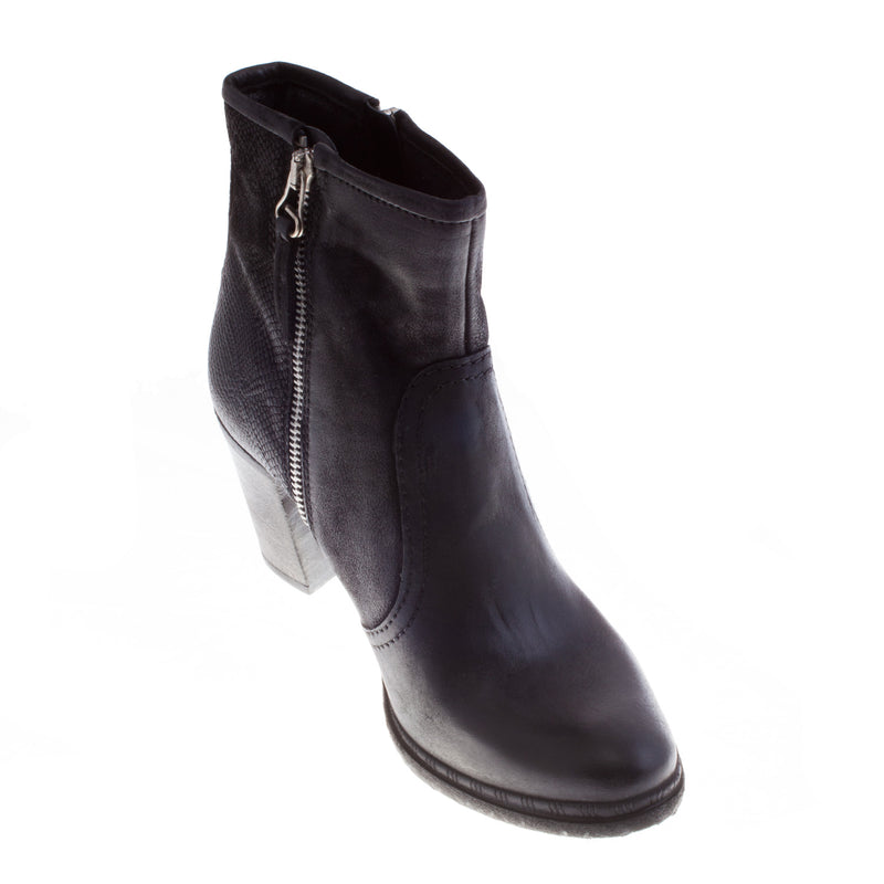 Women's 580204 Leather Block Heel Boot