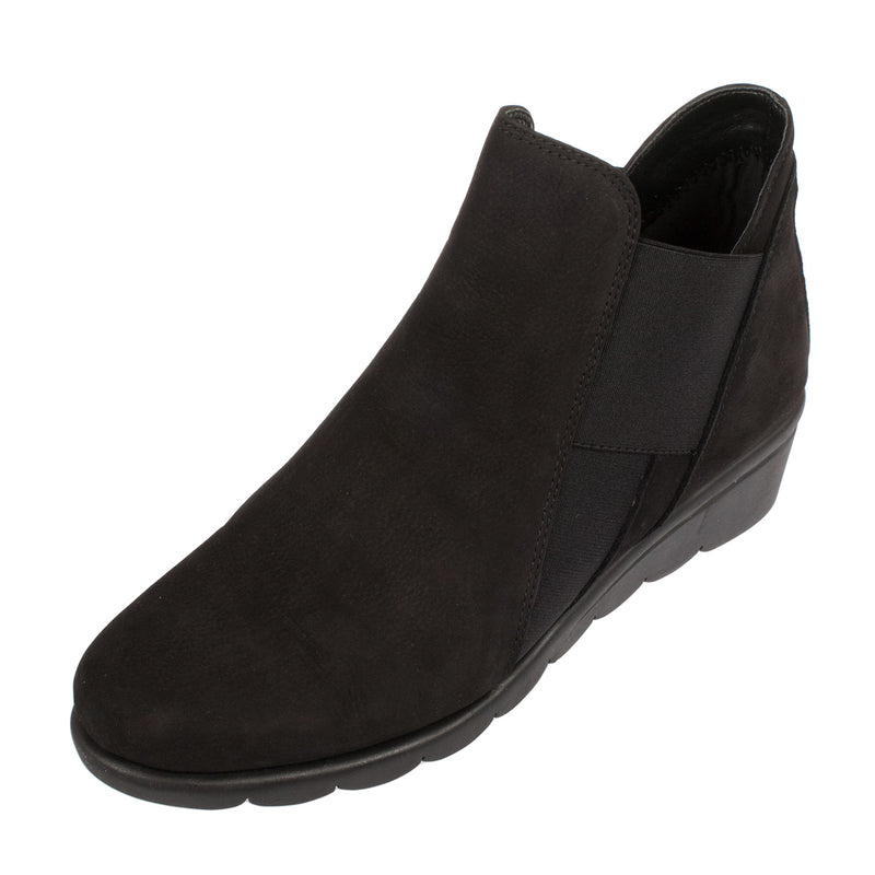Women's Jump Nubuck Ankle Boot
