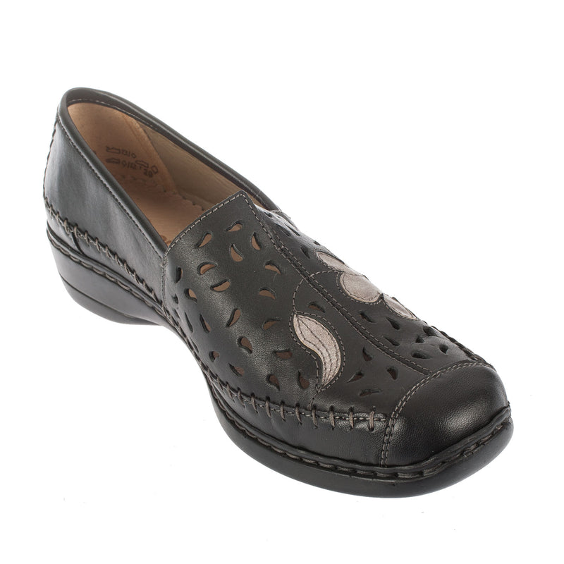 Women's D1616-01 Slip On Leather Shoe