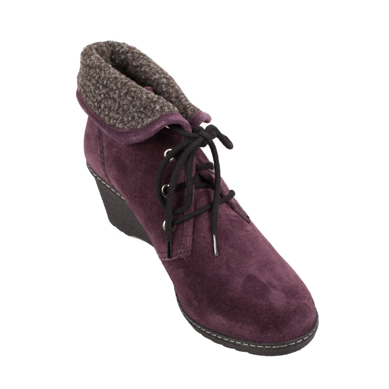 COTSWOLD Women's Batsford Suede Lace Up Ankle Boot