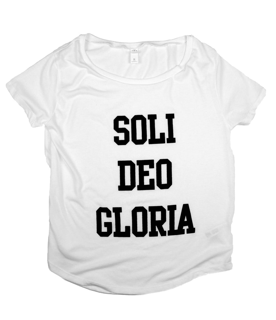 SOLI DEO GLORIA WHITE WOMEN'S SCOOP NECK T-SHIRT