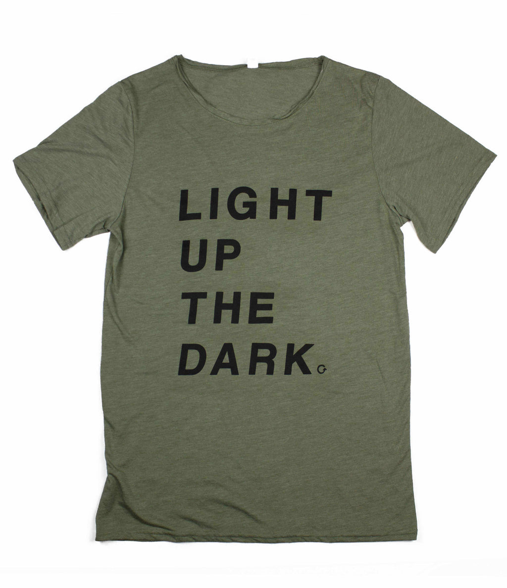 LIGHT UP THE DARK OLIVE RAW NECK T-SHIRT