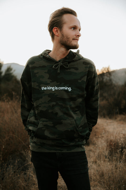 THE KING IS COMING CAMO HOODIE