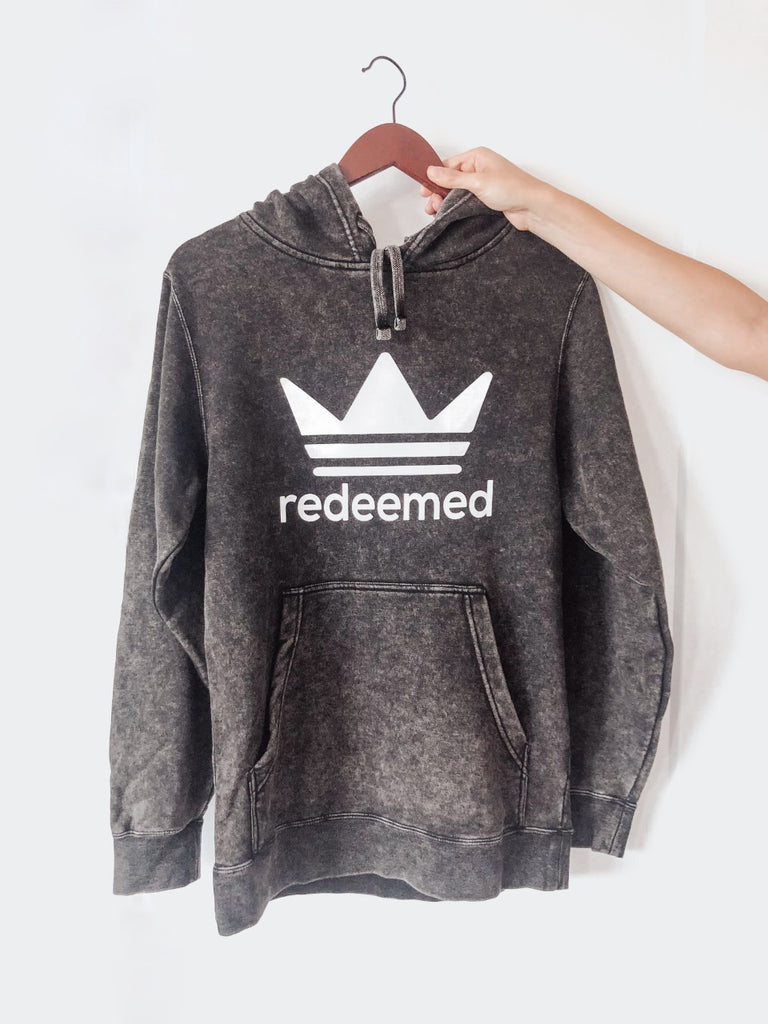 REDEEMED MINERAL WASH HOODED PULLOVER
