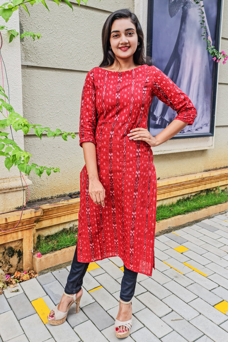 Paris Maroon Ikkath Kurtha