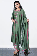 Green Chanderi Embroidered Semi-sitch Salwar