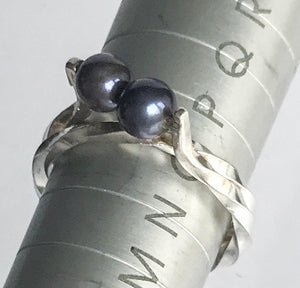 Sterling Silver Twisted Pearl Ring Size O