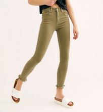 Load image into Gallery viewer, Free People raw high rise jeggings