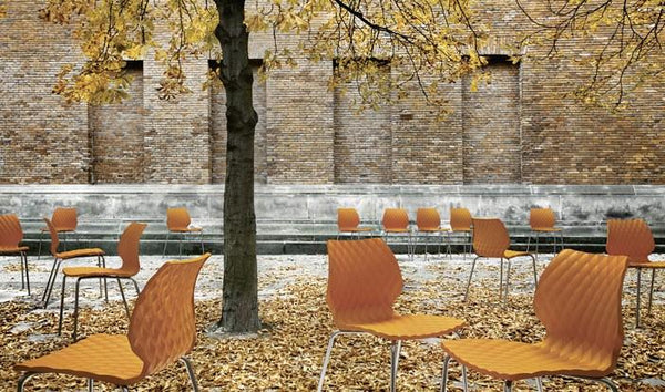 Uni Chair by Metalmobil - Boss Green - Outdoor Restaurant and Cafe Chair