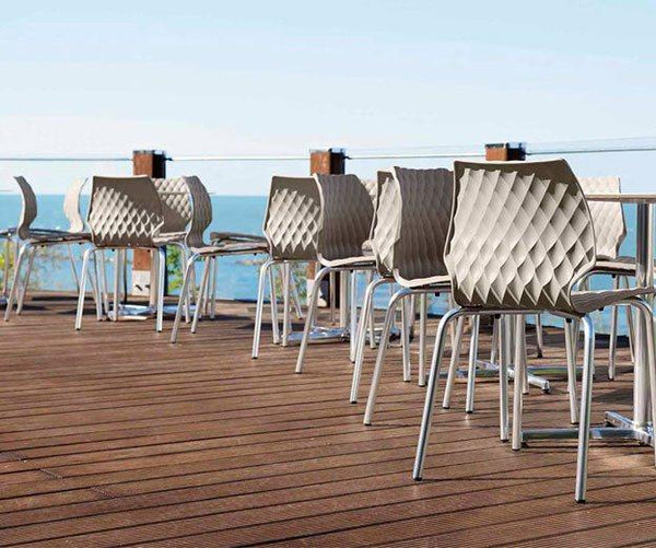 Uni Chair by Metalmobil - Orange - Outdoor Restaurant and Cafe Chair