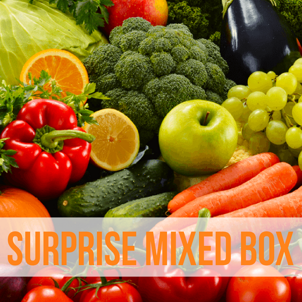 A SURPRISE ORGANIC MIXED FRUIT & VEGE BOX