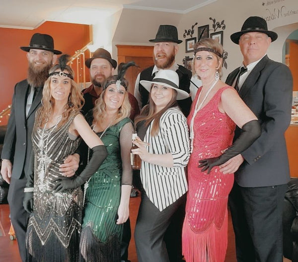 1920s style costumes for murder mystery party