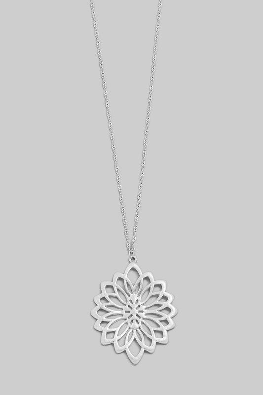 'Wild At Heart' Floral Necklace-silver