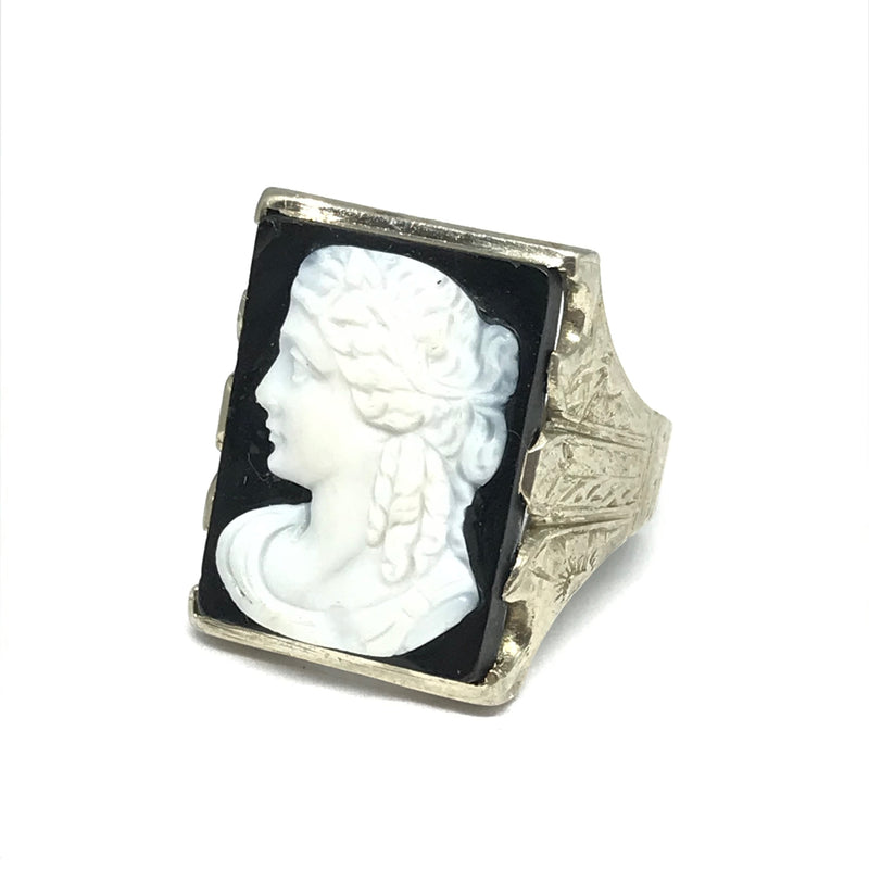 10K WHITE GOLD CAMEO RING