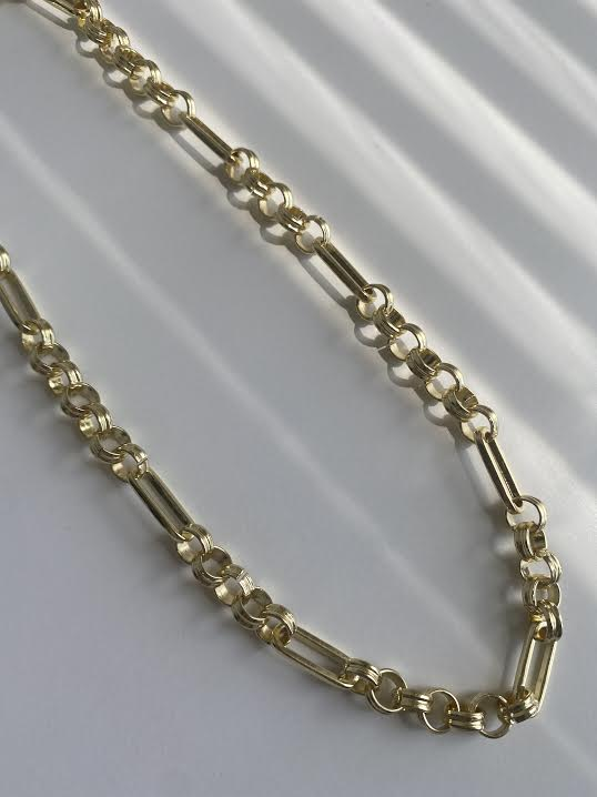 THE HEBE CHAIN
