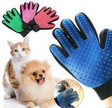 Load image into Gallery viewer, Magic Pets Grooming Glove Deshedding