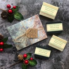 Load image into Gallery viewer, Mens Christmas Favours with Handcrafted Envelopes