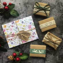 Load image into Gallery viewer, Ladies Christmas Favours with Handcrafted Envelopes