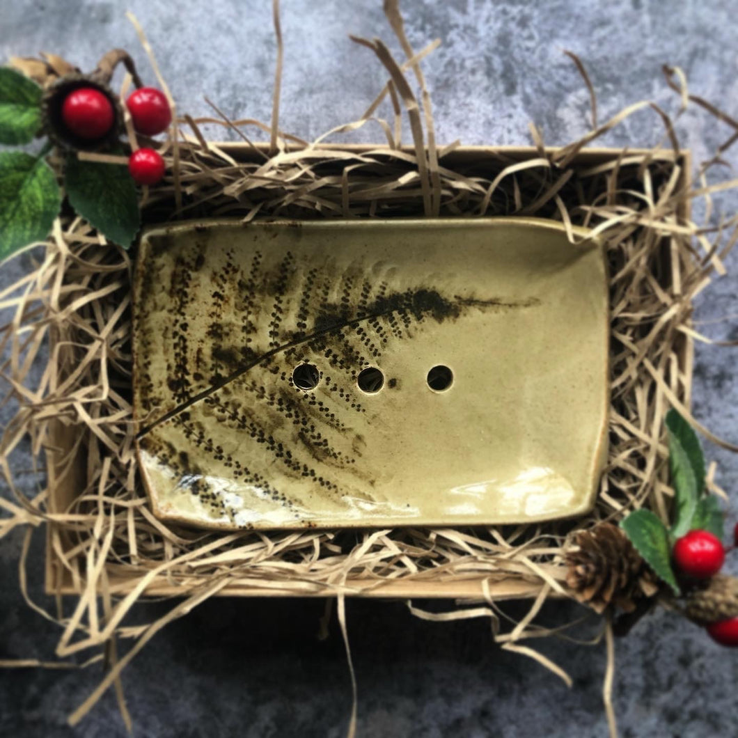 soap dish - plastic free - zero waste - handmade - bespoke - made in yorkshire - handcrafted - pottery - sustainable - ethically made - eco friendly - natural soap - handmade soap