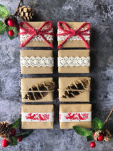 Load image into Gallery viewer, Rustic Red Christmas Favour Gift Set
