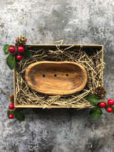 Load image into Gallery viewer, Medium Olive Wood Soap Dish