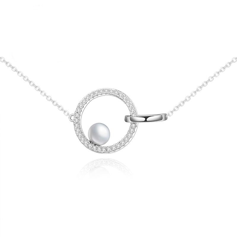 SILVER NECKLACE WITH INFINITY CIRCLE AND PEARL