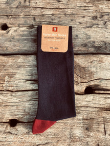 GIFT YOUR SOLE MATE - The Classic Ugley Mens Plain navy sock