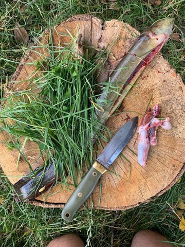 survival knife use and maintenance