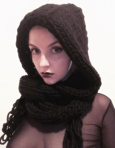 HOODED SCARF limited edition