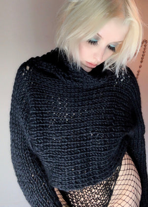 HEARTWARMER SWEATER