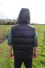 Load image into Gallery viewer, Black Padded Gilet.
