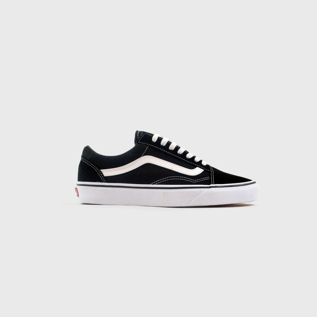 Vans Old Skool - Black / White Side View