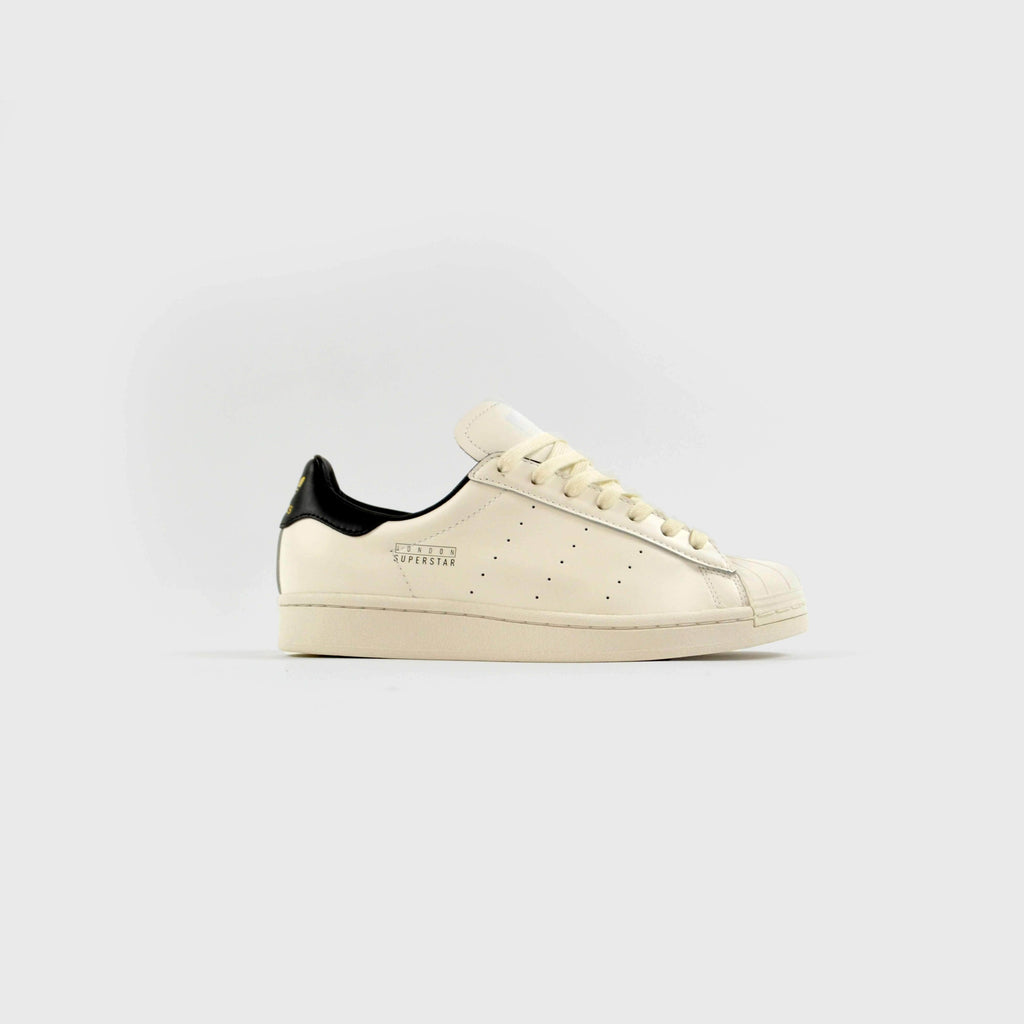 Adidas Superstar Pure London - Cloud White / Core Black / Gold Metallic Side View