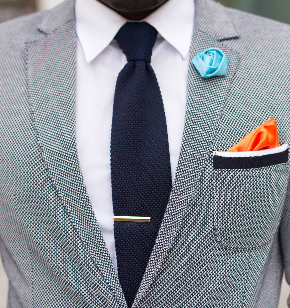 Subtlety of a  Navy Knit Tie details