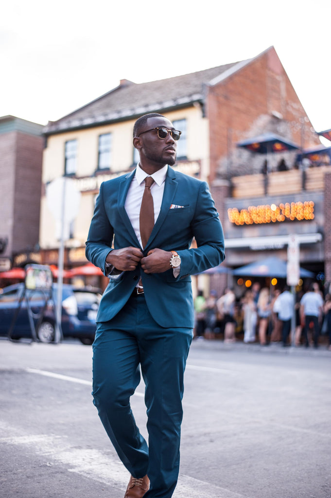 Jesse Aboagye Teal Suit and Brown Knit Tie Look 3